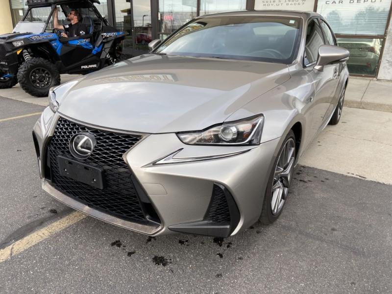 LEXUS IS 2017 price $25,995