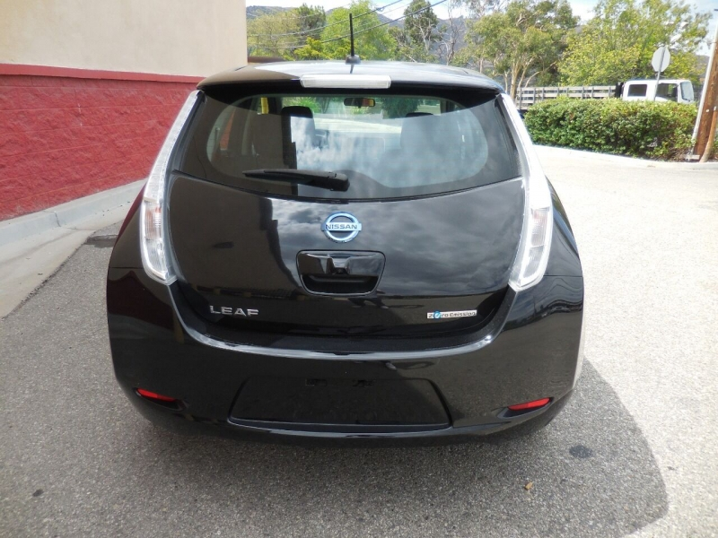 Nissan LEAF 2017 price $9,495