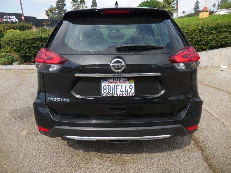 Nissan Rogue 2018 price $15,995