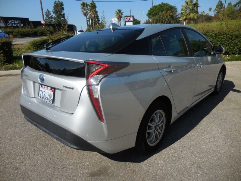 Toyota Prius 2017 price $14,350