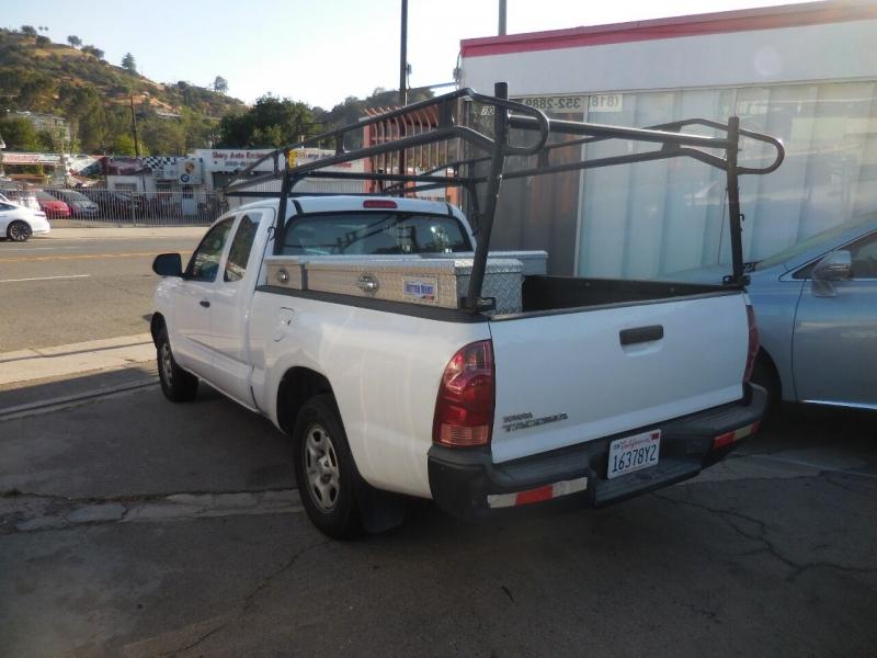 Toyota Tacoma 2015 price $15,988
