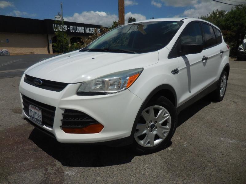 Ford Escape 2013 price $9,495