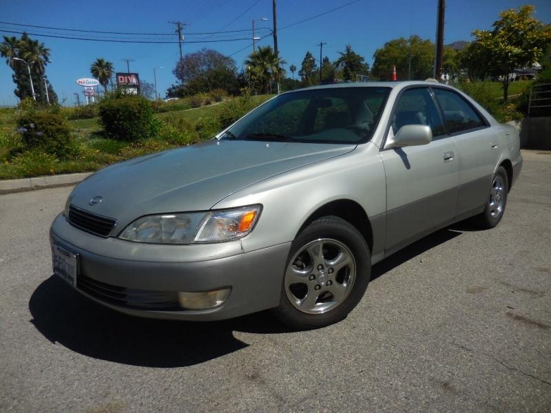 Lexus ES 300 1998 price $3,250