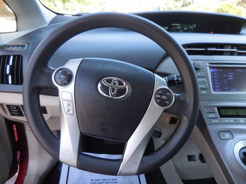 Toyota Prius 2015 price $12,425