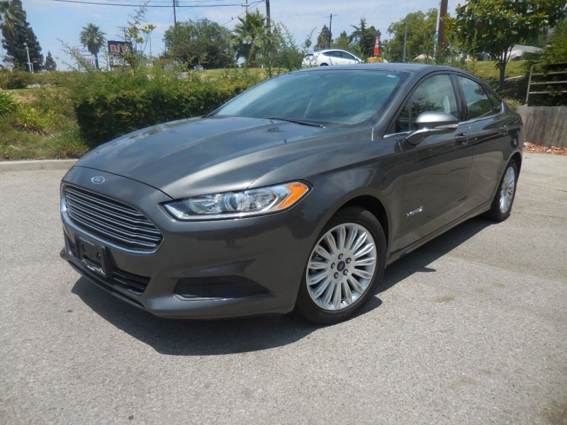 Ford Fusion Hybrid 2016 price $10,995