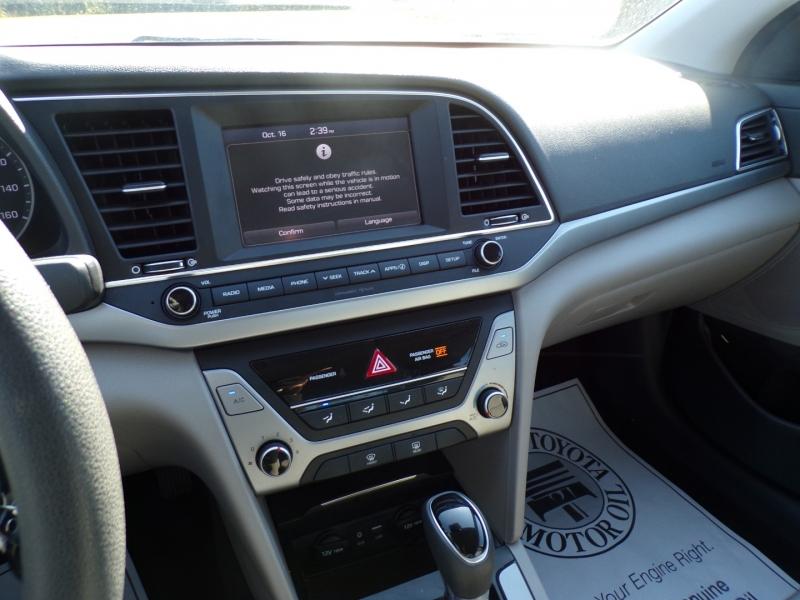 Hyundai Elantra 2018 price $16,500