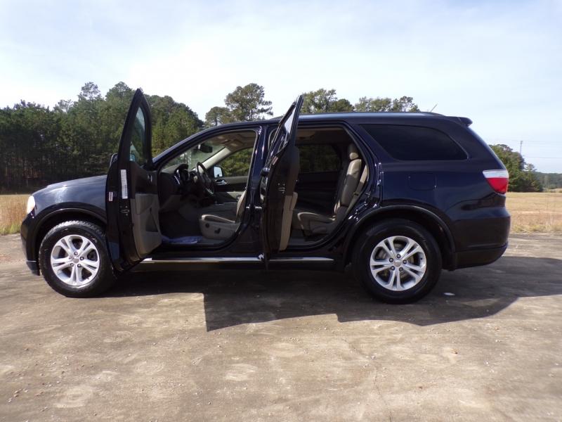 Dodge Durango 2011 price $11,500