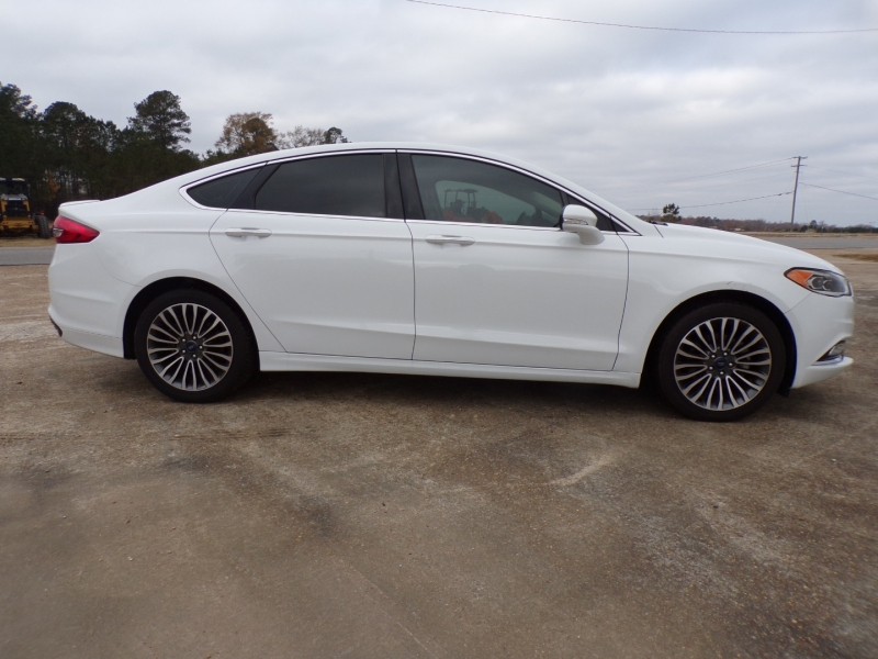 Ford Fusion 2018 price $18,995