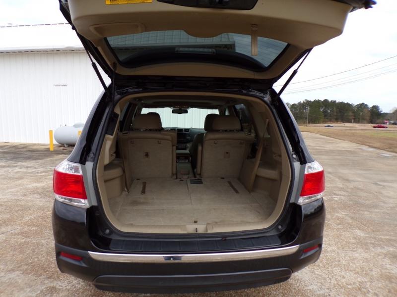 Toyota Highlander 2012 price $14,500