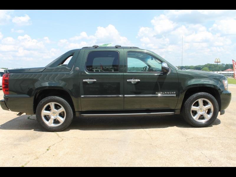 Chevrolet Avalanche 2013 price $23,995