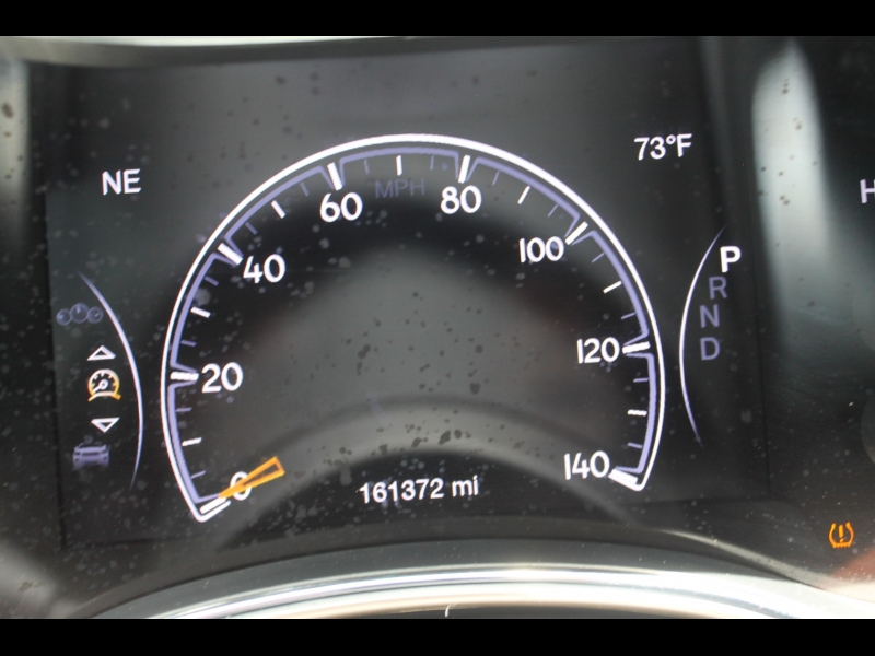 Jeep Grand Cherokee 2016 price $18,500