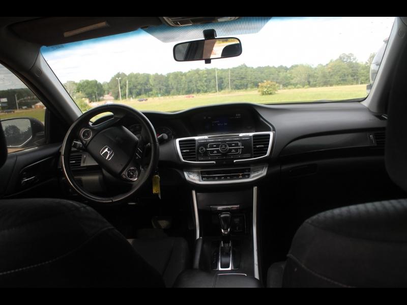 Honda Accord Sedan 2015 price $13,500