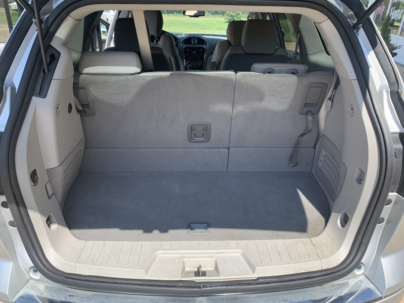 Buick Enclave 2013 price $12,900