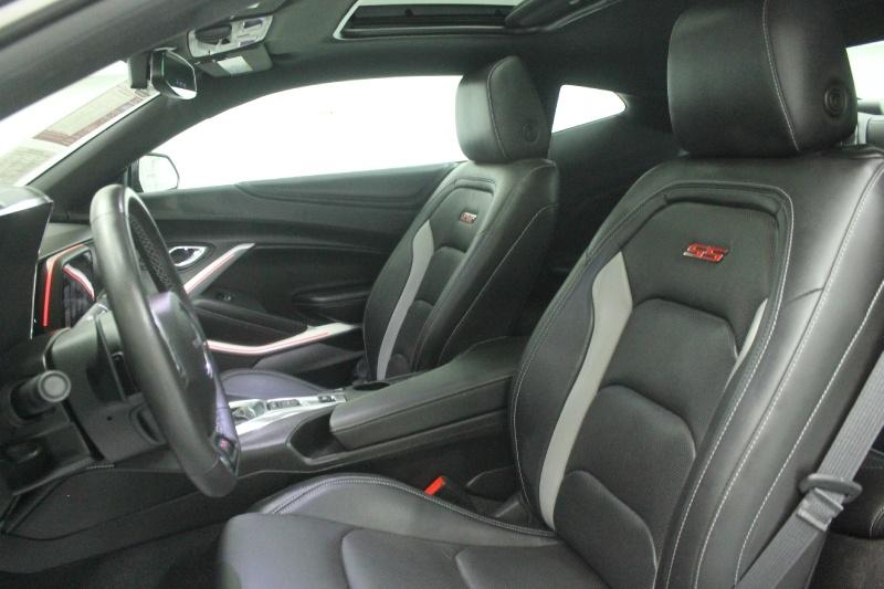 Chevrolet Camaro 2018 price $39,015