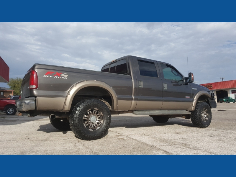 Ford F-150 2006 price $16,900