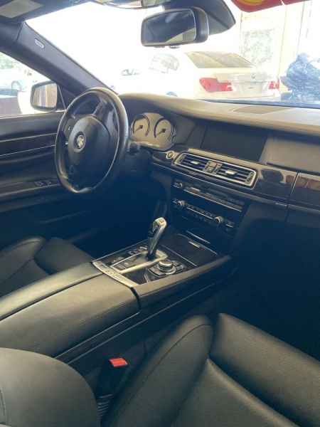 BMW 7-SERIES 2012 price $19,900