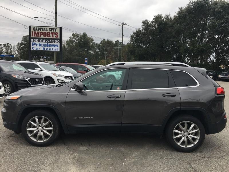 Jeep Cherokee 2018 price $17,752