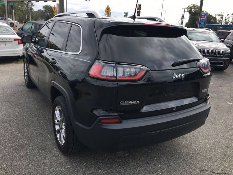 Jeep Cherokee 2019 price $19,667
