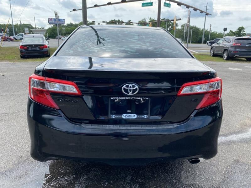 Toyota Camry 2014 price $13,429