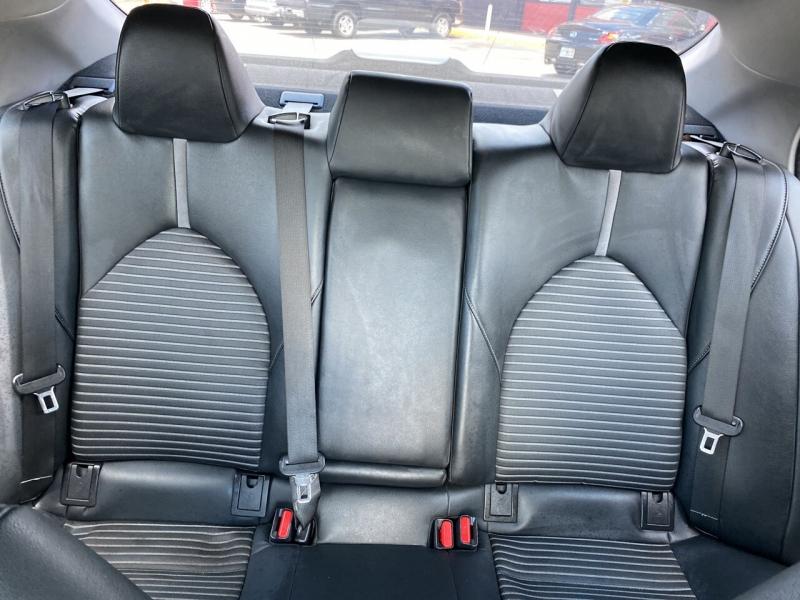 Toyota Camry 2018 price $20,670