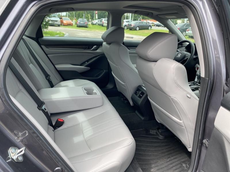 Honda Accord 2018 price $29,080