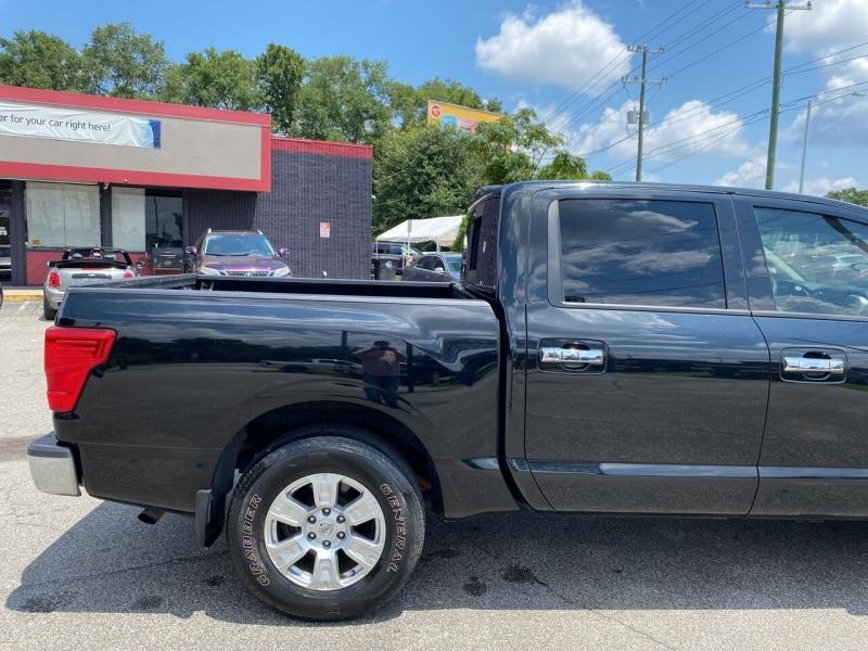 Nissan Titan 2017 price $31,370