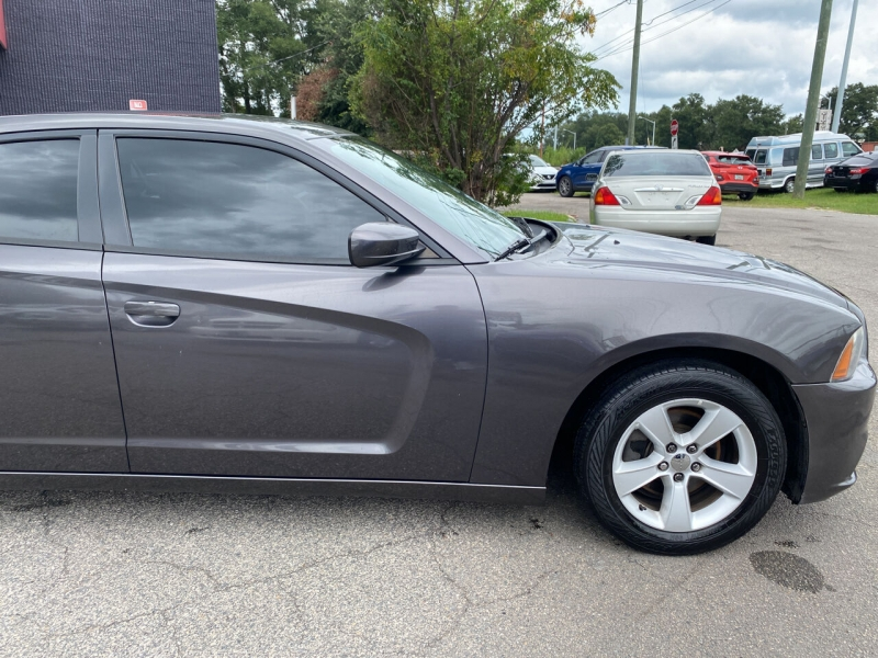 Dodge Charger 2014 price $15,572