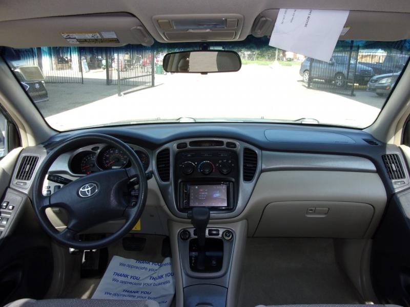 Toyota Highlander 2003 price $0
