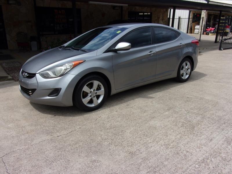 Hyundai Elantra 2012 price $0