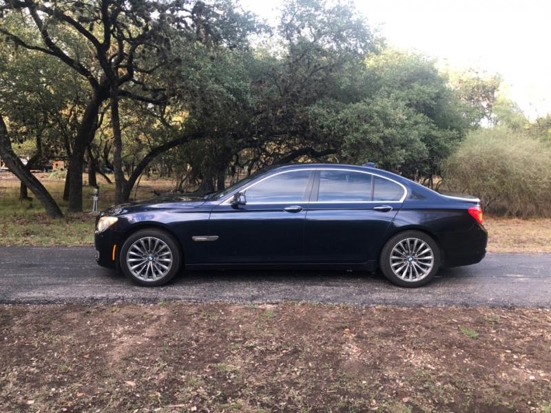 BMW 7-Series 2011 price $9,900