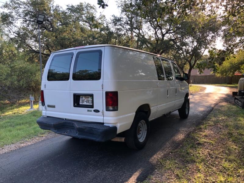 Ford Econoline Cargo Van 2009 price $9,900
