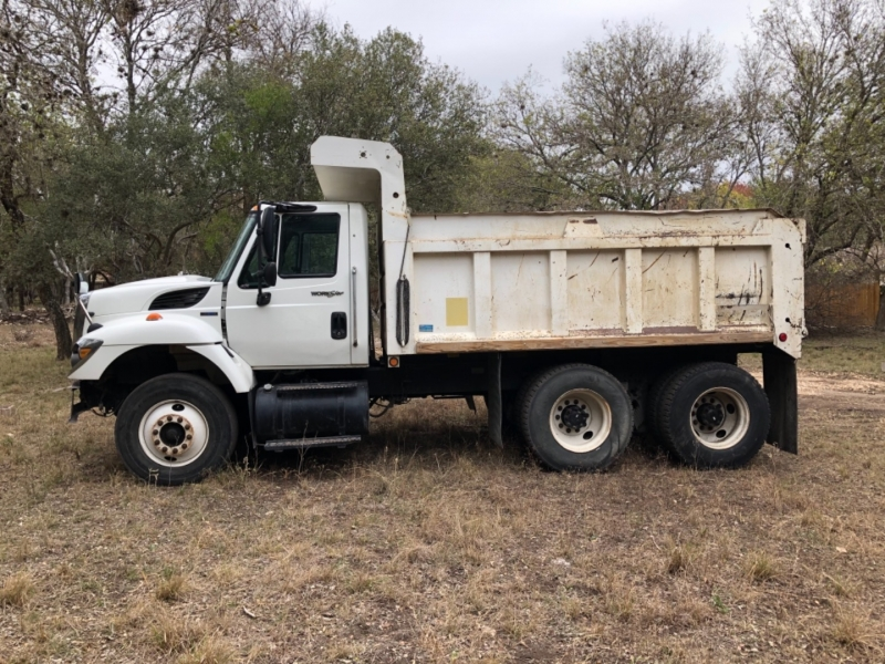 International Navistar WORKSTAR 2010 price $43,000
