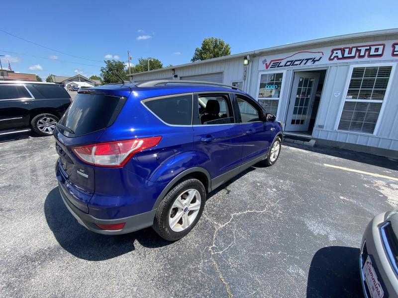 Ford Escape 2015 price $8,400