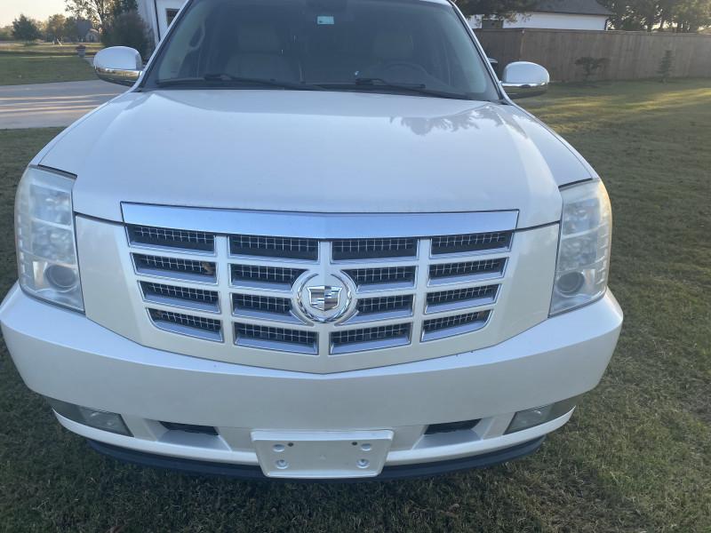 Cadillac Escalade ESV 2009 price $11,000