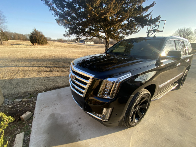 Cadillac Escalade 2020 price $63,400