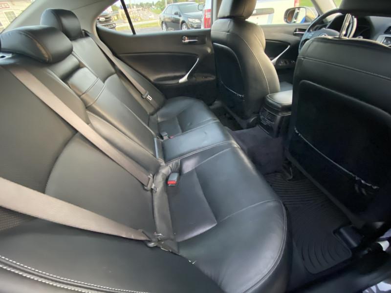 Lexus IS 250 2009 price $5,900