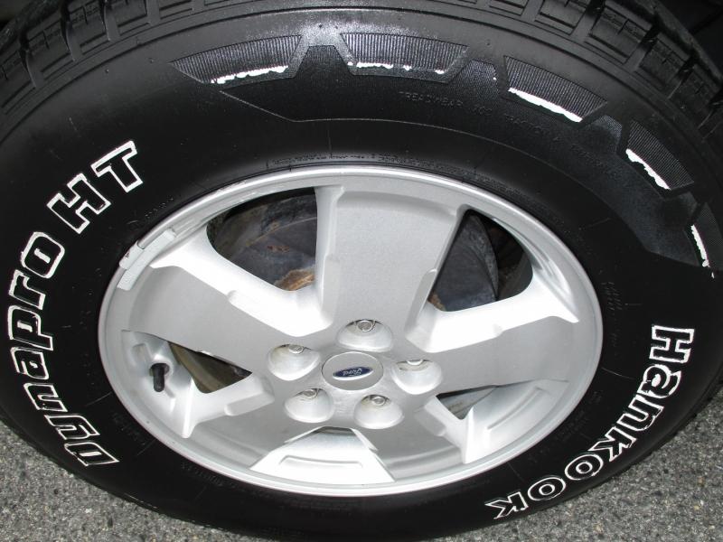 Ford Escape 2008 price $7,695