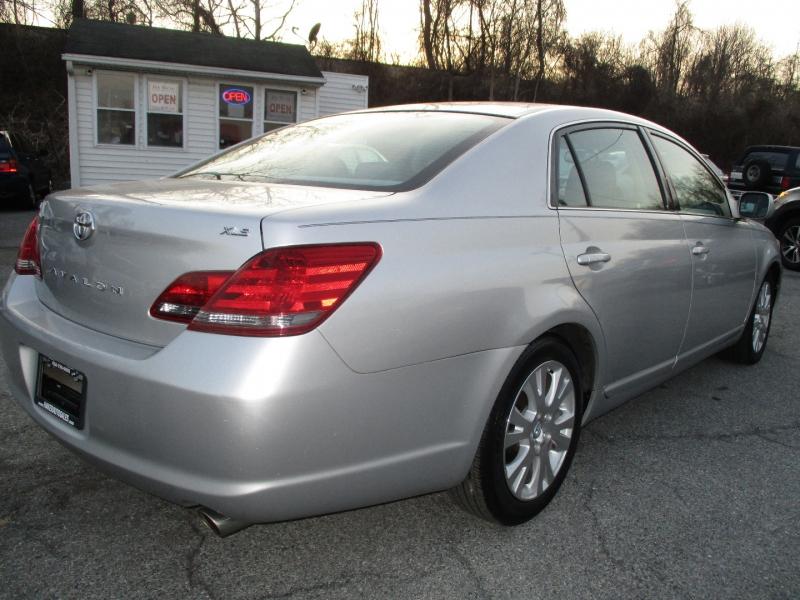 Toyota Avalon 2008 price $9,495
