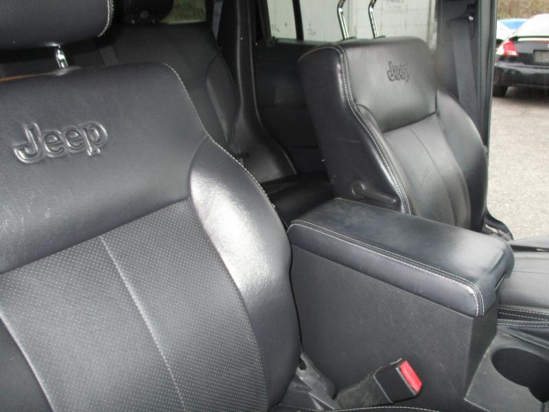 Jeep Liberty 2012 price $13,995