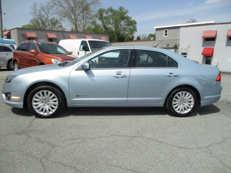 Ford Fusion 2010 price $8,995
