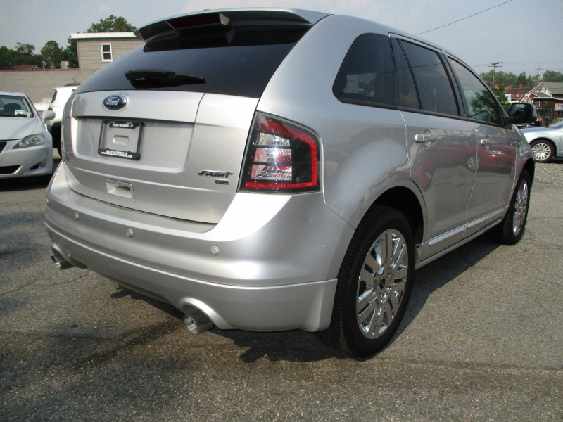 Ford Edge 2010 price $11,695