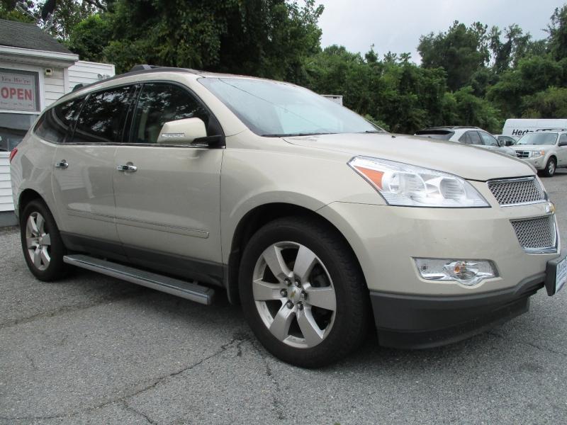 Chevrolet Traverse 2012 price $13,995