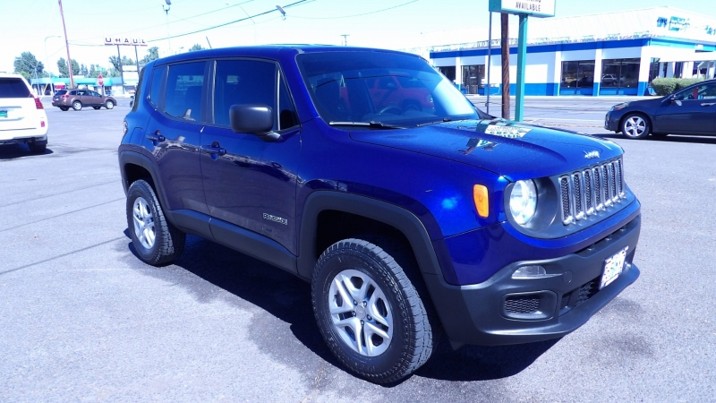 Jeep Renegade 2017 price $15,975