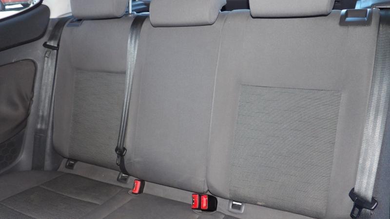 Volkswagen Rabbit 2008 price $4,975