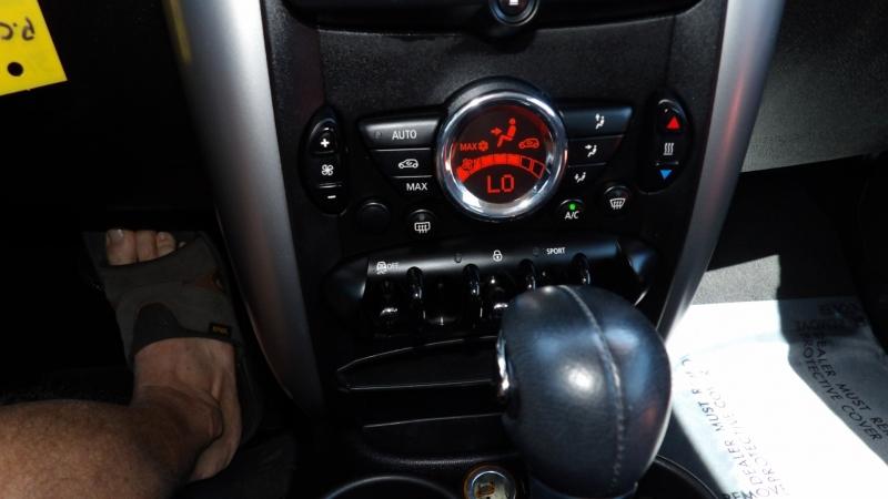 Mini Cooper Paceman 2015 price $11,977