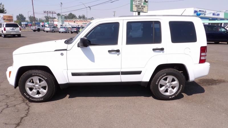 Jeep Liberty 2012 price $9,277