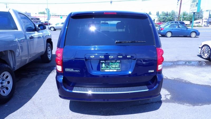 Dodge Grand Caravan 2016 price $13,988