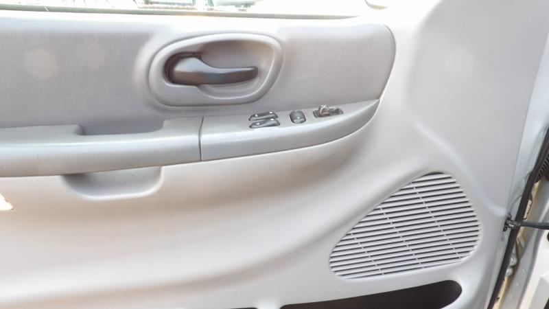 Ford F-150 1999 price $5,875 Cash