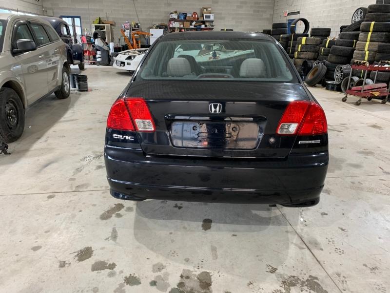 Honda Civic 2004 price $1,477