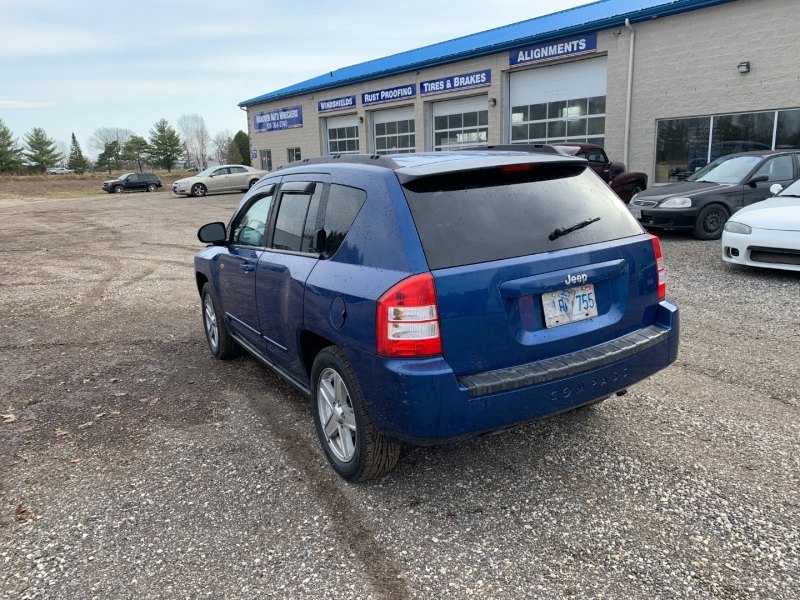 Jeep Compass 2010 price $5,477